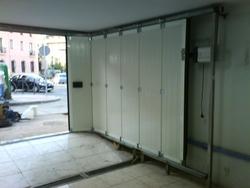 La puerta seccional corredera curva for Puertas correderas sodimac